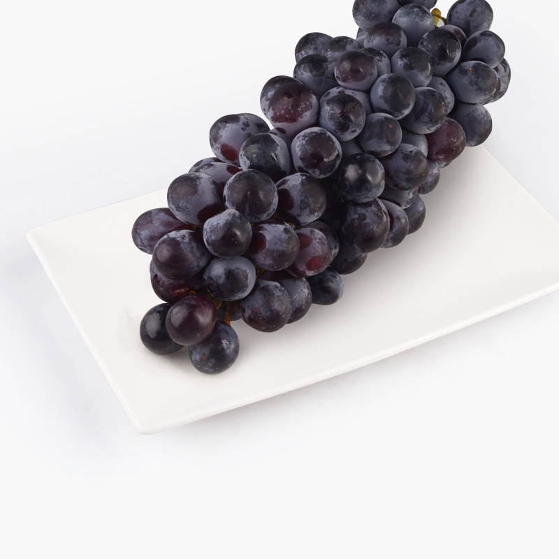Summer Black Seedless Grapes 500g