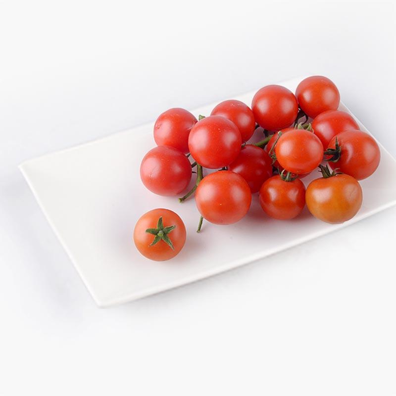 Organic Tomatoes on the Vine 500g